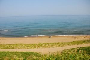 狭くなった海岸
